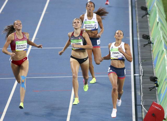 2016 Rio Olympics - Athletics - Final - Women's Heptathlon 800m - Olympic Stadium - Rio de Janeiro, Brazil - 13/08/2016. Jessica Ennis-Hill (GBR) of Britain wins her heat. REUTERS/David Gray FOR EDITORIAL USE ONLY. NOT FOR SALE FOR MARKETING OR ADVERTISING CAMPAIGNS.