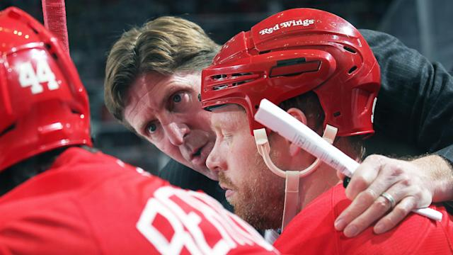 According to Chris Chelios, then-Detroit Red Wings head coach Mike Babcock verbally assaulted Johan Franzen on the bench, causing him some distress. (Photo by Claus Andersen/Getty Images)