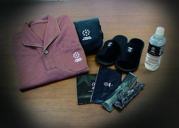 ▲Besides the items in the photograph, you can also borrow blankets, headphones, and USB cables.