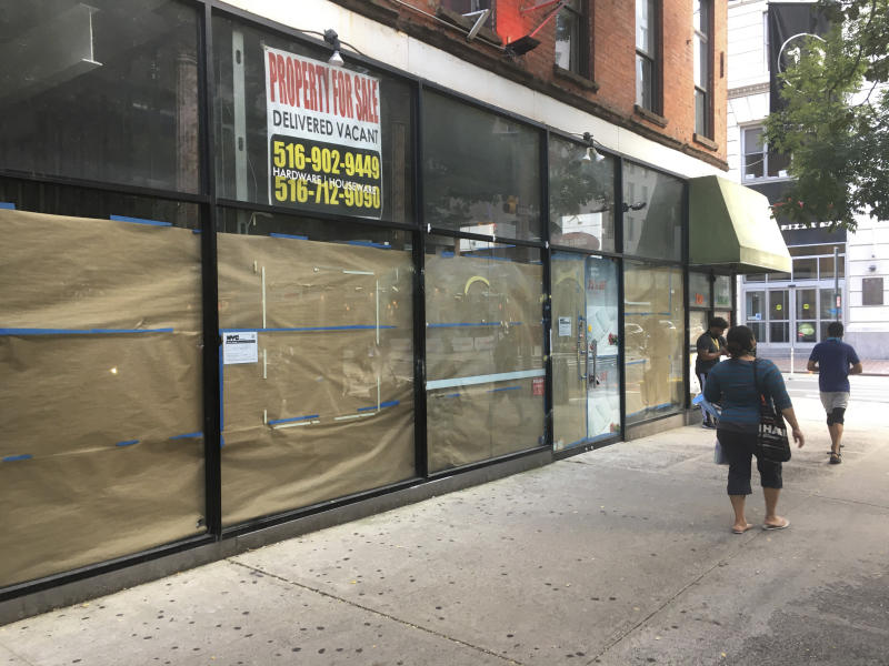 Photo by: STRF/STAR MAX/IPx 2020 8/23/20 Retail stores are seen shuttered in Manhattan. While many larger businesses have thrived, the smaller retail stores and restaurants have suffered greatly during the Coronavirus Pandemic.