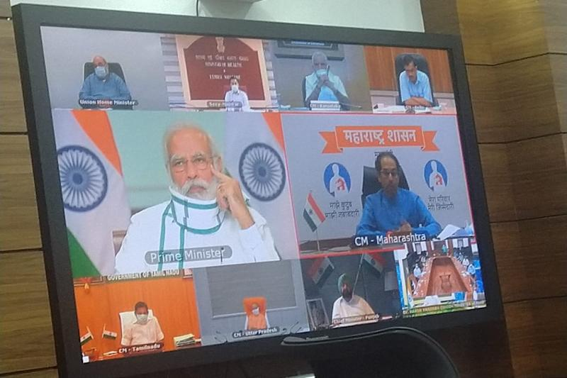 PM Modi Stresses on Tests, Oxygen Supply at Meet with CMs, Officials of 7 States with Maximum Cases