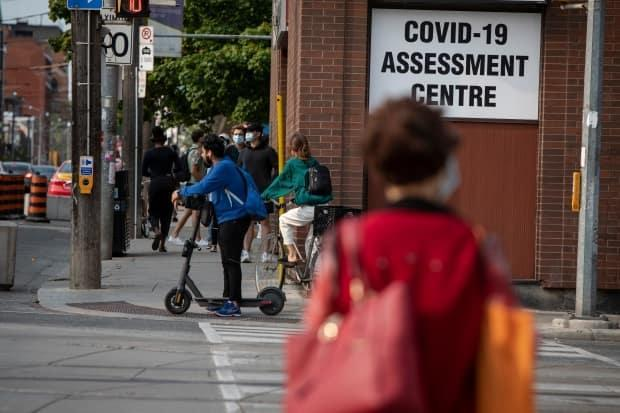 Public Health Ontario says the province saw its lowest test positivity rate for a Monday since late August, 2020. (Evan Mitsui/CBC - image credit)