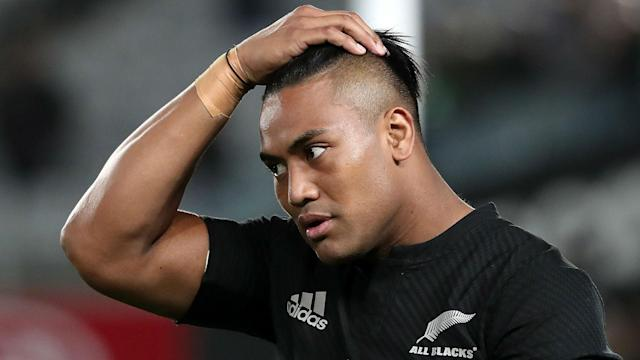 Top 14 side Toulon have added Julian Savea to their star-studded squad, though the winger will not arrive in France until August.