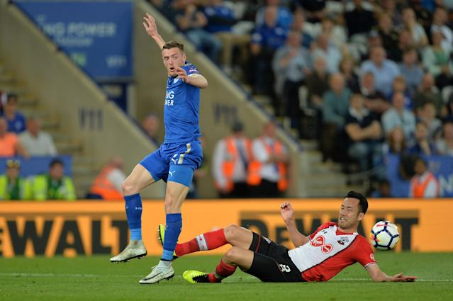 "Soccer Football - Premier League - Leicester City vs Southampton - King Power Stadium, Leicester, Britain - April 19, 2018 Southampton's Maya Yoshida in action with Leicester City's Jamie Vardy REUTERS/Peter Powell EDITORIAL USE ONLY. No use with unauthorized audio, video, data, fixture lists, club/league logos or ""live"" services. Online in-match use limited to 75 images, no video emulation. No use in betting, games or single club/league/player publications. Please contact your account representative for further details."
