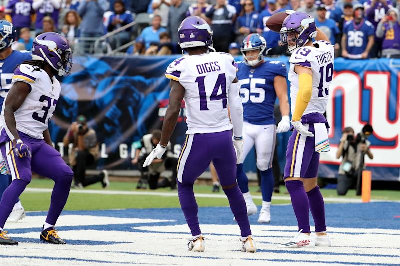 Adam Thielen of the Minnesota Vikings celebrates with his teammates after scoring a touchdown against the New York Giants (Getty Images)