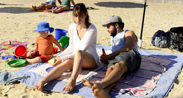 Jessica Biel as Cora Tannetti and Christopher Abbott as Mason Tannetti in USA's <em>The Sinner.</em> (Photo: Brownie Harris/USA Network)