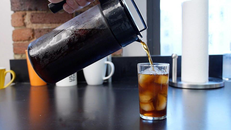Best gifts for girlfriends: Takeya Cold Brew Coffee Maker