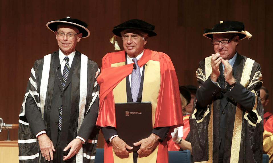 "A handout photo taken on November 27, 2012 and recieved from UNSW on November 28 shows Indian business icon Ratan Tata (C) flanked by University on New South Wales (UNSW) VIce-Chancellor Fred Hilmer (L) and Chancellor David Gonski (R), receiving an honorary degree from the university in Sydney. Tata has urged stronger trade ties with Australia, particularly in technology, saying there are major growth opportunities for both countries. AFP PHOTO/ UNSW / Steve CHRISTO ----EDITORS NOTE ----RESTRICTED TO EDITORIAL USE MANDATORY CREDIT "" AFP PHOTO / UNSW "" NO MARKETING NO ADVERTISING CAMPAIGNS - DISTRIBUTED AS A SERVICE TO CLIENTS"
