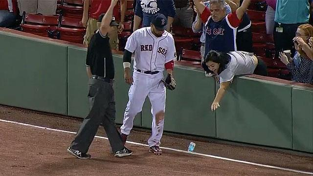 Shane Victorino's catch touches off fan hijinx