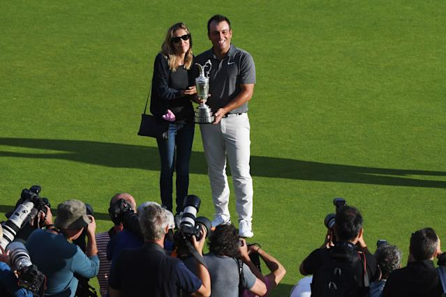 """<h1 class=""""title"""">147th Open Championship - Final Round</h1> <div class=""""caption""""> CARNOUSTIE, SCOTLAND - JULY 22: Francesco Molinari of Italy poses with wife Valentina and holds the Claret Jug as Champion Golfer after winning the 147th Open Championship at Carnoustie Golf Club on July 22, 2018 in Carnoustie, Scotland. (Photo by Jan Kruger/R&amp;A/R&amp;A via Getty Images) </div> <cite class=""""credit"""">Jan Kruger/R&amp;A</cite>"""