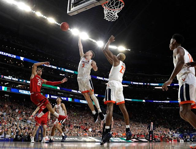 Monday's national championship between Virginia and Texas Tech lived up to its billing in the game's early moments. (AP)