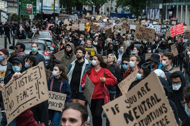 Protesters march down Vauxhall Bridge Road as thousands joined a second day of Black Lives Matter protest on 7 June, 2020. (Guy Smallman/Getty Images)