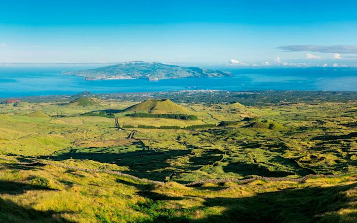 View towards neighbouring island Faial from Pico - REDA&CO/Universal Images Group Editorial