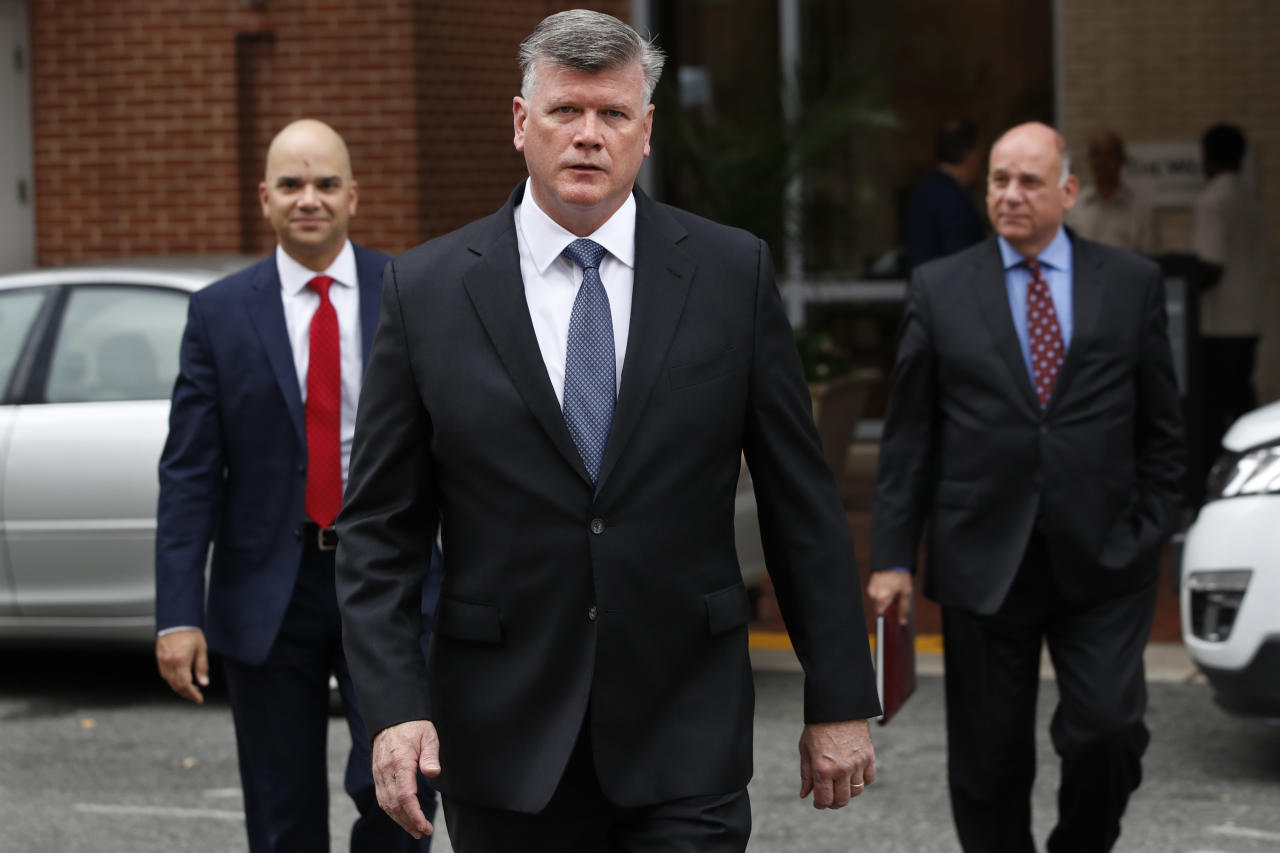 <p>Members of the defense team for Paul Manafort, including Jay Nanavati, left, Kevin Downing, and Thomas Zehnle, walk to federal court for jury deliberations in the trial of the former Trump campaign chairman, in Alexandria, Va., Tuesday, Aug. 21, 2018. (Photo: Jacquelyn Martin/AP) </p>