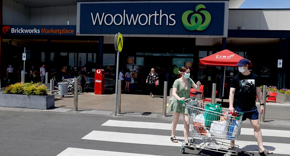 Shoppers outside Woolworths in South Australia. Source: Getty Images