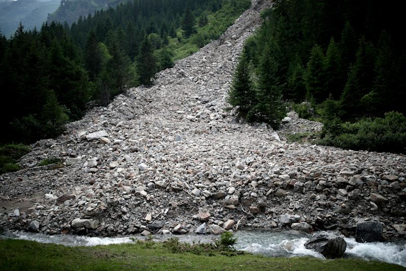 A landslide is seen in the Jamtal valley near Galtuer, Austria. (Photo: Lisi Niesner/Reuters)