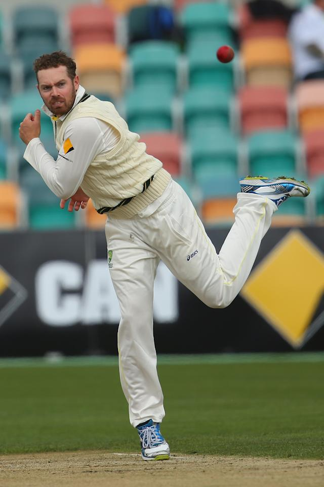 HOBART, AUSTRALIA - NOVEMBER 09:  Jon Holland of Australia A bowls during day four of the tour match between Australia A and England at Blundstone Arena on November 9, 2013 in Hobart, Australia.  (Photo by Mark Kolbe/Getty Images)