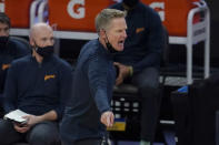 Golden State Warriors head coach Steve Kerr gestures during the first half of his team's NBA basketball game against the San Antonio Spurs in San Francisco, Wednesday, Jan. 20, 2021. (AP Photo/Jeff Chiu)