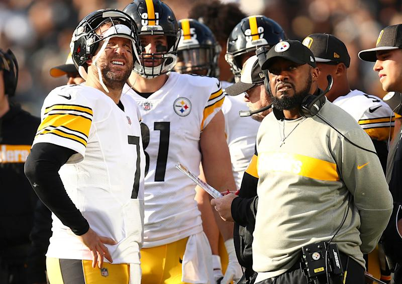Pittsburgh Steelers quarterback Ben Roethlisberger, left, talks with head coach Mike Tomlin during the first half of an NFL football game against the Oakland Raiders in Oakland, Calif., Sunday, Dec. 9, 2018. (AP Photo/Ben Margot)
