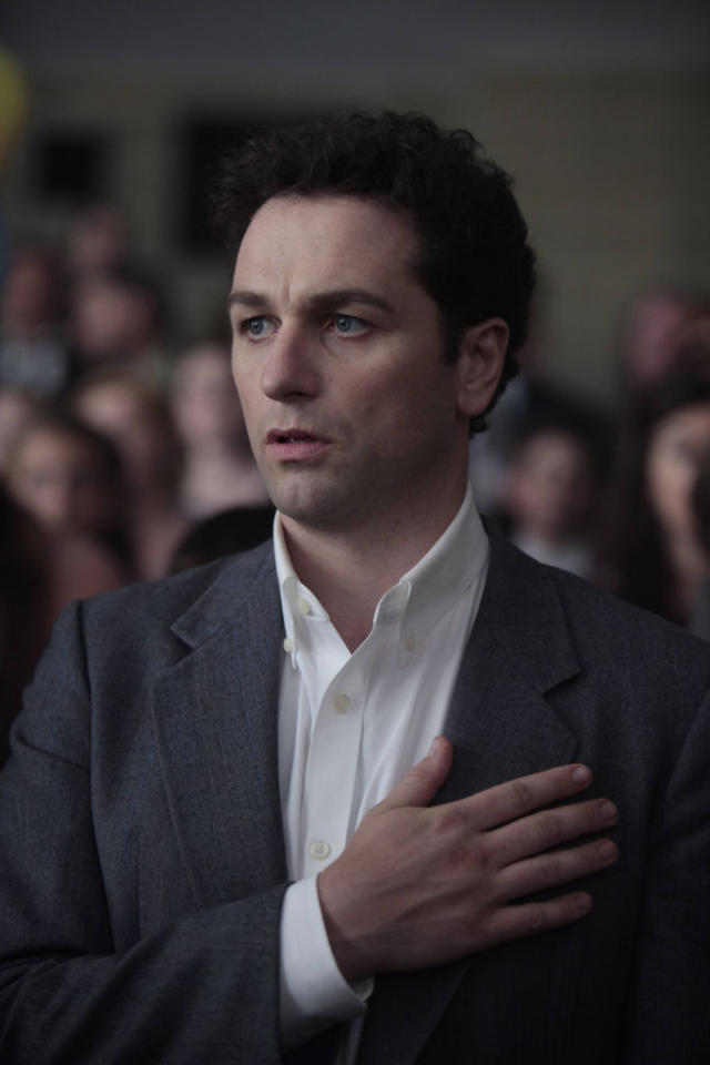 """Pilot"" -- Matthew Rhys as Philip Jennings"