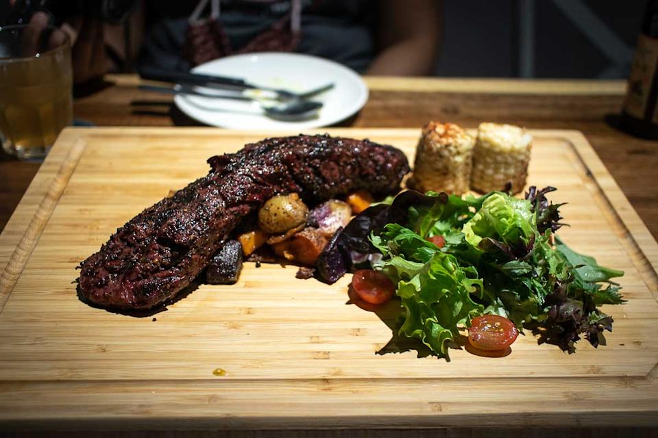 Hanger Steak (PHOTO: Zat Astha/Yahoo Lifestyle SEA)
