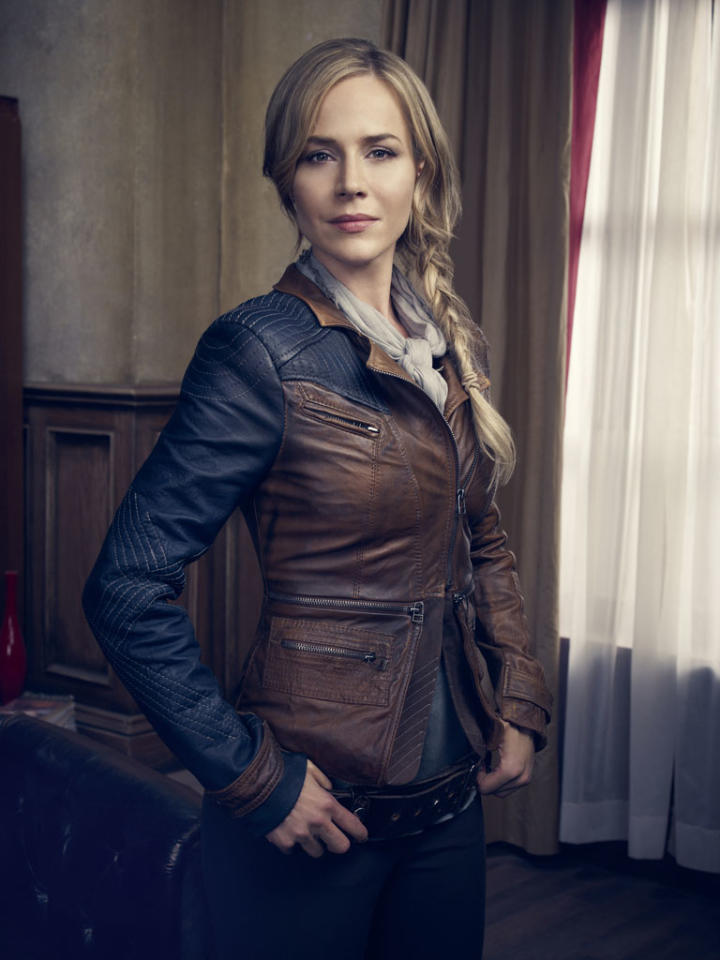 "Julie Benz as Amanda Rosewater on Syfy's ""Defiance."""