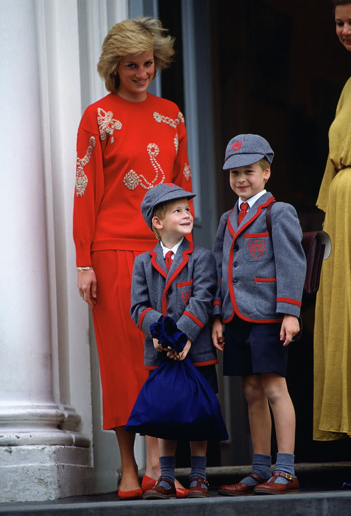 LONDON, UNITED KINGDOM - SEPTEMBER 11: Princess Diana With Her Sons Prince William And Prince Harry Standing On The Steps Of Wetherby School On The First Day For Prince Harry. (Photo by Tim Graham Photo Library via Getty Images)