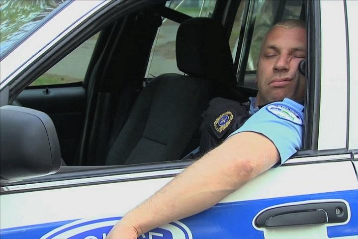 Sleeping In Car >> Is It Illegal To Sleep In Your Car