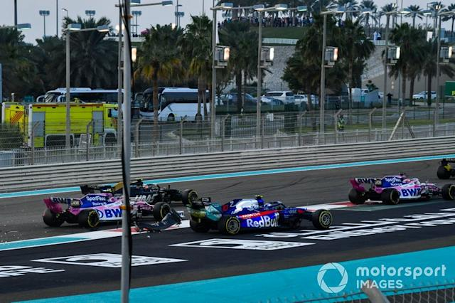 """Sergio Pérez, Racing Point RP19, Pierre Gasly, Toro Rosso STR14 Y Lance Stroll, Racing Point RP19 <span class=""""copyright"""">Mark Sutton / Motorsport Images</span>"""