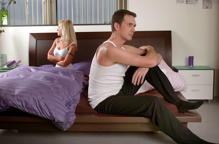 Bad vibes: Scientists advise settling arguments before going to sleep (Getty/posed by models)