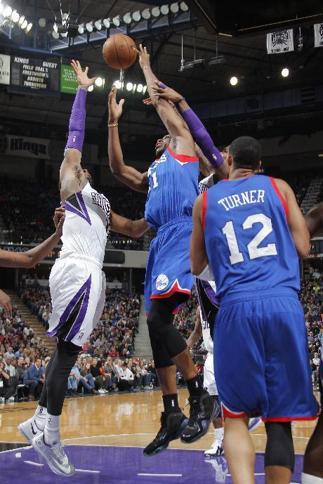 SACRAMENTO, CA - JANUARY 2: Thaddeus Young #21 of the Philadelphia 76ers shoots the ball against the Sacramento Kings at Sleep Train Arena on January 2, 2014 in Sacramento, California. (Photo by Rocky Widner/NBAE via Getty Images)