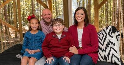 Muscular Dystrophy Association National Ambassador, Ethan LyBrand, featured in Verizon's National Ad Campaign Airing on the Oscar's. Pictured L to R: Ethan's sister Chloe, father Josh and mom Jordan.