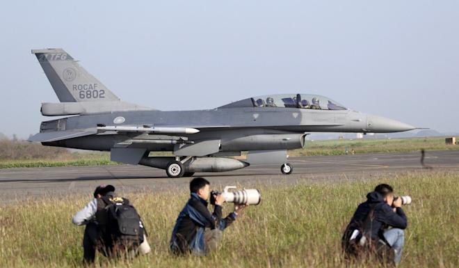 A US made F-16V fighter moves during a military exercises in Chiayi County, Taiwan in January. Photo: AP