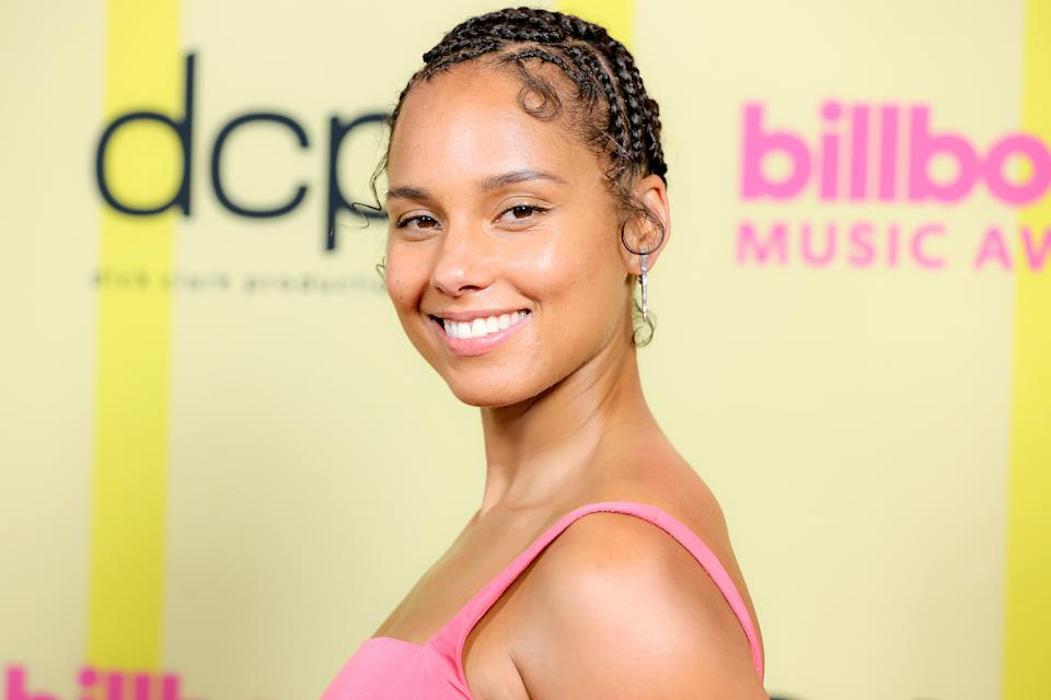 LOS ANGELES, CALIFORNIA - MAY 23: In this image released on May 23, Alicia Keys poses backstage for the 2021 Billboard Music Awards, broadcast on May 23, 2021 at Microsoft Theater in Los Angeles, California. (Photo by Rich Fury/Getty Images for dcp)