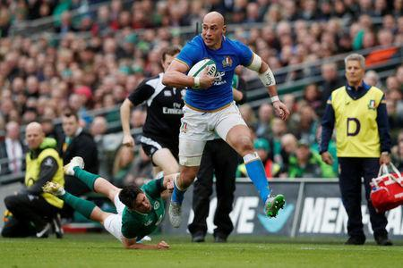 Rugby Union - Six Nations Championship - Ireland vs Italy - Aviva Stadium, Dublin, Republic of Ireland - February 10, 2018 Italy's Sergio Parisse in action with Ireland's Joey Carbery REUTERS/Russell Cheyne
