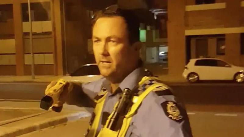 Senior Constable Grantley Keenan during the Tasering incident in Fremantle in 2017. Source: 7 News
