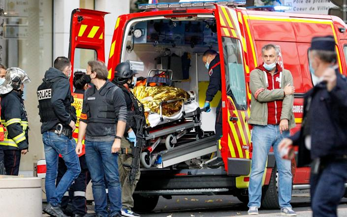 Rescue and police are mobilised because a man attacked several people with a knife in the Notre-Dame Basilica in Nice - FRAT/00503287