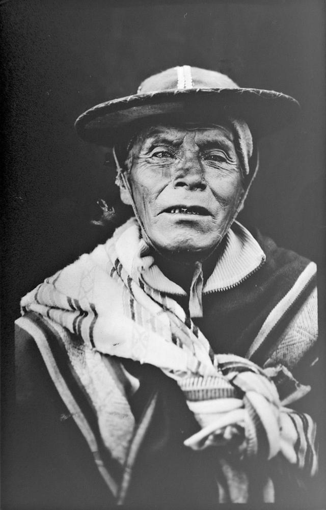<p>Justino Quispe, 78, poses for a portrait in the Sinakara Valley, in Peru's Cuzco region, during the Qoyllur Rit'i festival, translated from the Quechua language as Snow Star. Quispe dances with the Comparsa Runa Canchi troupe. (Photo: Rodrigo Abd/AP) </p>