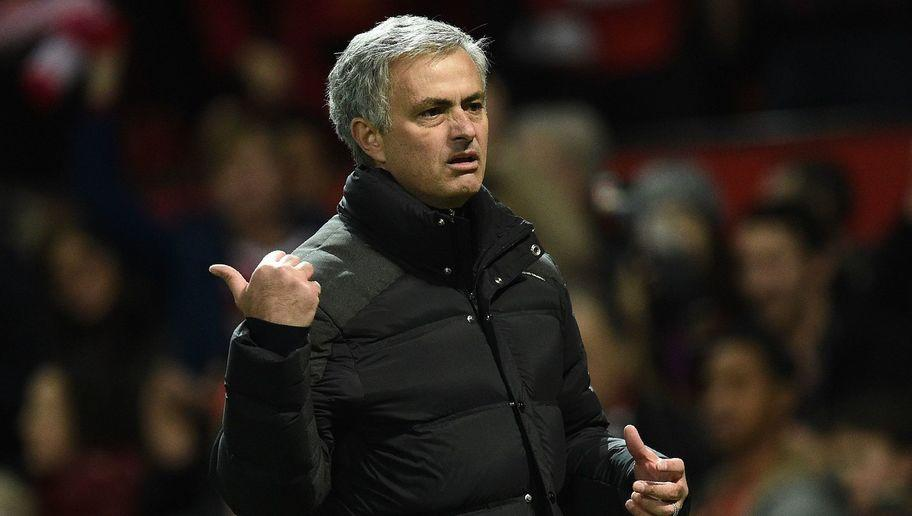 <p>Imagine all the managers Mourinho has royally pissed off over the years lining up to take a swing at him. His chances of survival are very slim.</p> <br /><p>You can't 'mind game' your way out of a Sean Dyche head lock. No you can't.</p>