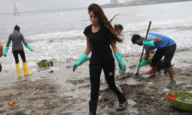 Nora Fatehi Did Not Leave Mahim Beach Clean Up Due To Angad Bedi