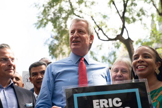 Current Mayor Bill de Blasio speaks at a press conference in August at which he endorsed Eric Adams as his successor. (Photo: Pacific Press via Getty Images)