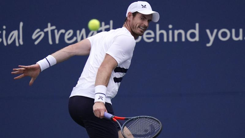 Andy Murray grinds out three-set win in New York