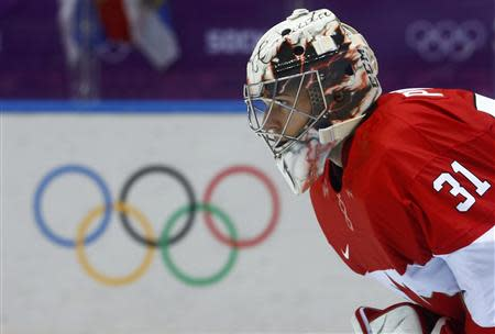 Canada's goalie Carey Price follows the play against Norway during their men's preliminary round hockey game at the 2014 Sochi Winter Olympic Games, February 13, 2014. REUTERS/Mark Blinch