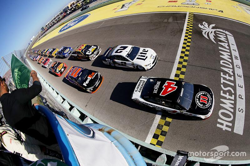 Keselowski Wins First Fall NASCAR Race in Vegas
