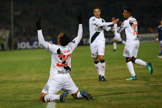 Soccer Football - Chile's Universidad de Chile v Brazil's Vasco da Gama - Copa Libertadores - Nacional Stadium, Santiago, Chile - May 22, 2018. Bruno Silva of Vasco da Gama reacts after scoring a goal. REUTERS/Ivan Alvarado