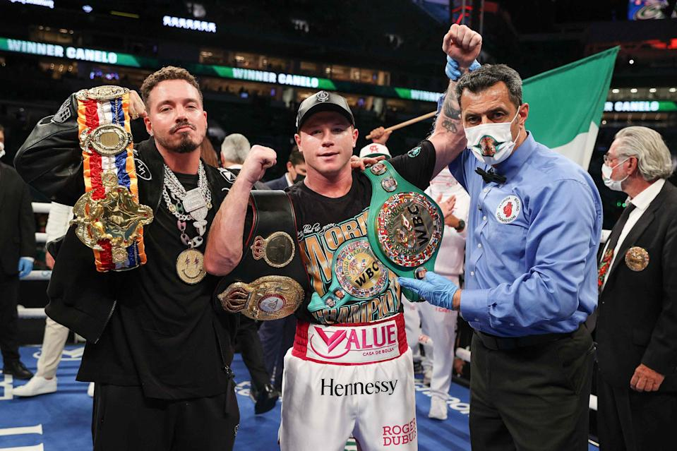 Saul Alvarez celebrates his victory in Miami (Getty)