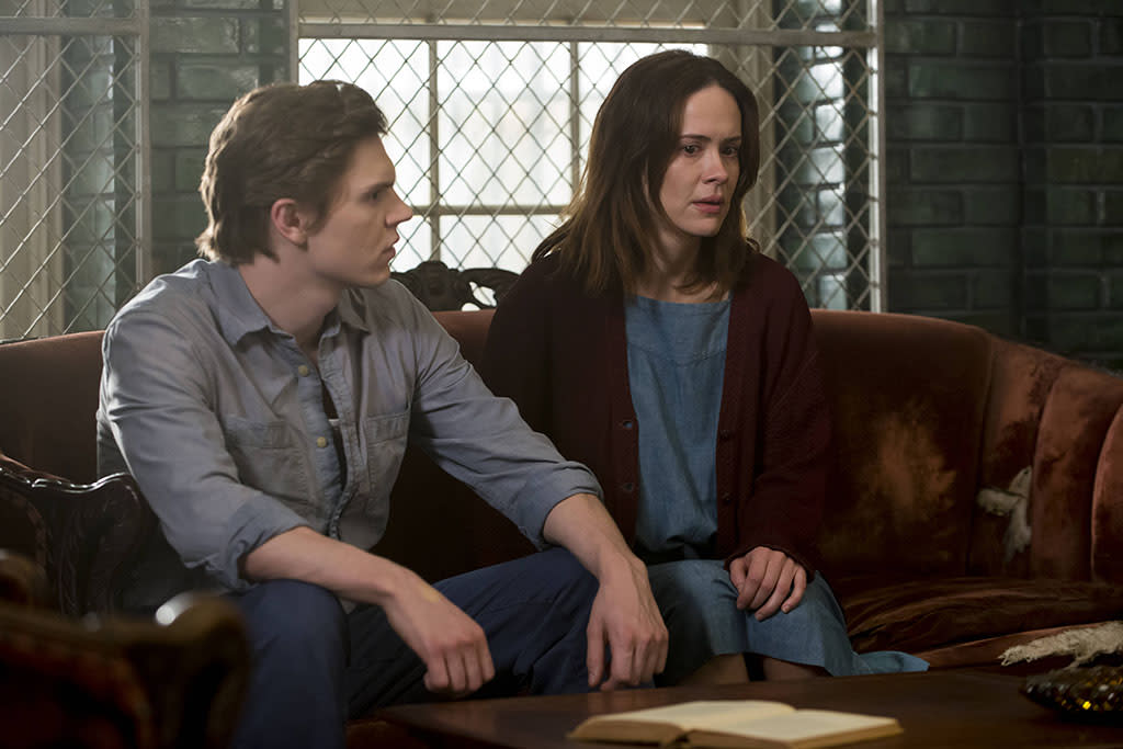 """Evan Peters as Kit Walker and Sarah Paulson as Lana Winters in the """"American Horror Story: Asylum"""" episode, """"The Name Game."""""""