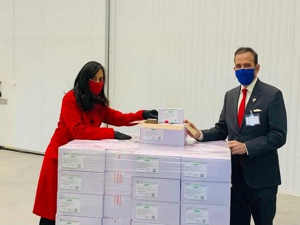 Anita Anand, MP for Oakville and Minister of Public Services and Procurement, receiving the Made-in-India consignment of COVID-19 vaccines. (Photo credit: Twitter/Anita Anand)
