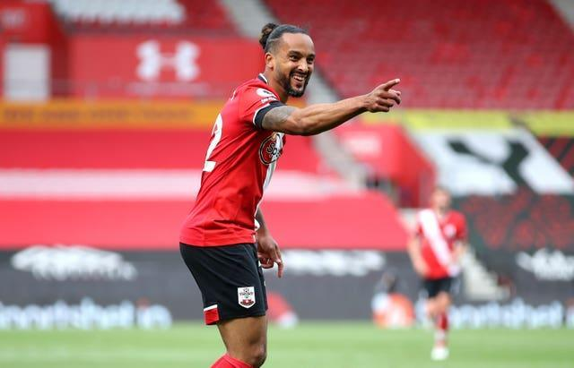 Theo Walcott returned to Southampton from Everton