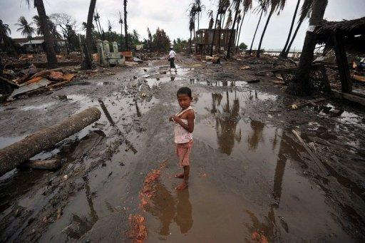 An estimated 70,000 people -- 50,000 Rohingya and 20,000 Buddhists -- are in emergency accommodation in the Sittwe area